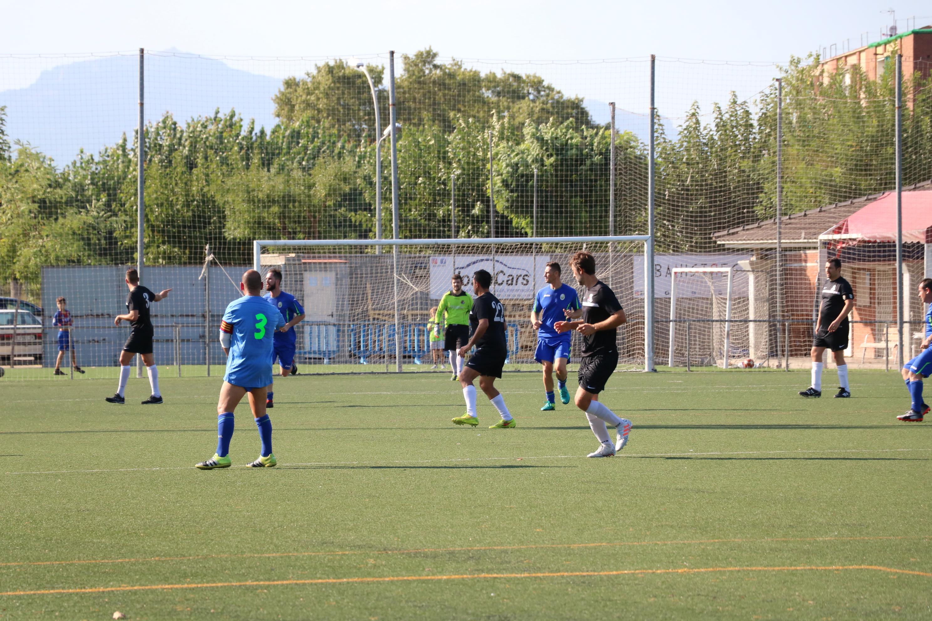 El CD Viejas Glorias perd contra el Cabrils (2-4)