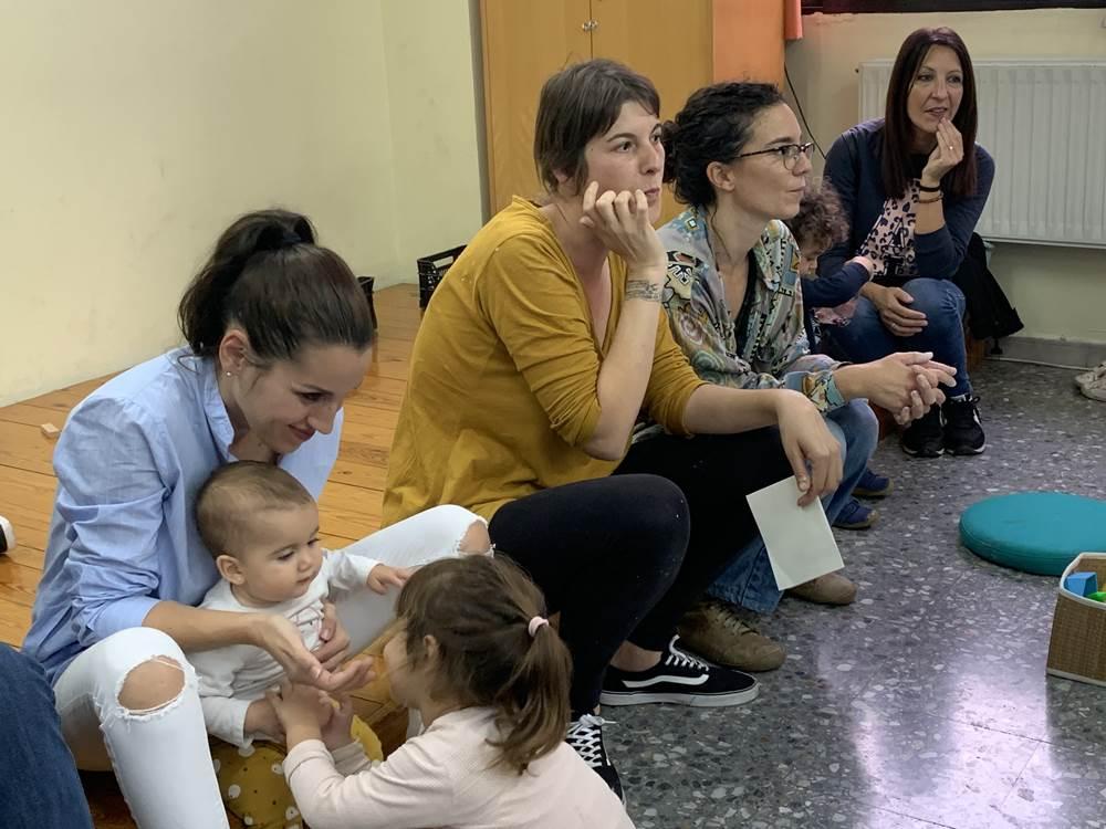 Un grup de set mares crea Som Tribu, una entitat de suport a la criança dels infants