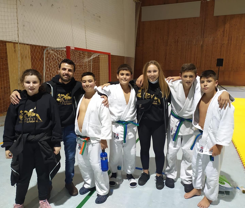 Sis podis de l'AE Karate-Judo a la Copa Moianès