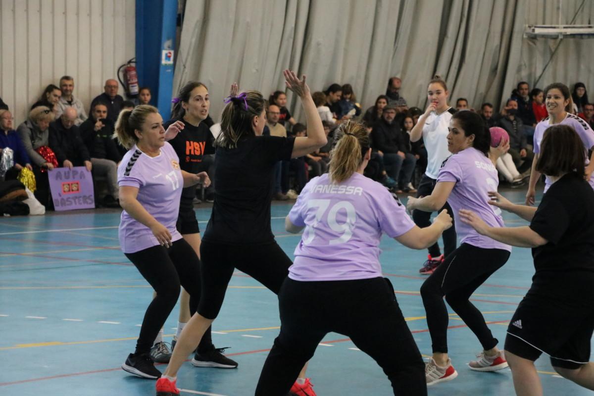 El Joventut Handbol La Llagosta va fer ahir la presentació dels seus equips