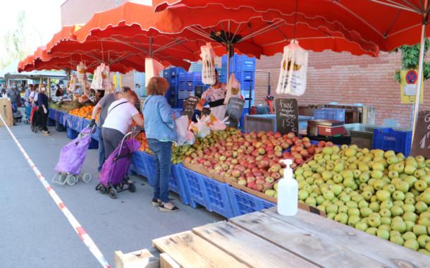 Torna el mercat setmanal ambulant dels dijous
