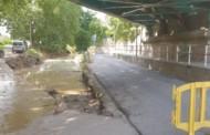 Tallat el carrer de Miguel Hernández pel despreniment d'una part de la calçada