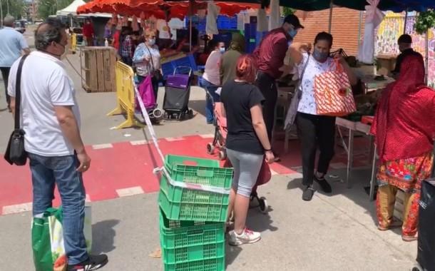 Totes les parades d'alimentació ja es podran instal·lar al mercat setmanal